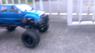 "getlinkyoutube.com-Traxxas slash 2wd  ""monster truck"""