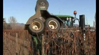 getlinkyoutube.com-Langlois Mechanical Pruning Machine