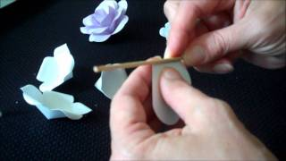 getlinkyoutube.com-How To Make 21 Different Roses Using One Pattern And White Cardstock