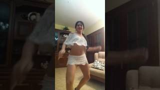 Indian girl sexy dance