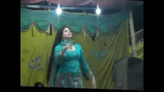 getlinkyoutube.com-Noori Naz Dance in Nighat Naz Song Hik Sohno