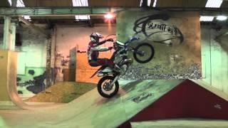 getlinkyoutube.com-Graham Jarvis training at The Works skate park Leeds
