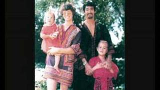 getlinkyoutube.com-Bruce Lee Family Photos
