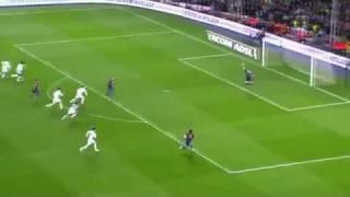 getlinkyoutube.com-أول هاتريك لميسي في مسيرته مع برشلونة ضد كاسياس