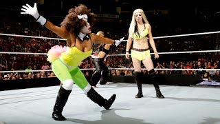 getlinkyoutube.com-WWE SmackDown 10.31.14 Divas Halloween Costume Battle Royal (720p)