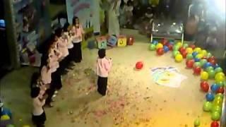 getlinkyoutube.com-مهرجان قناة المجد للاطفال يوم الخميس 2011م- العثيم مول4