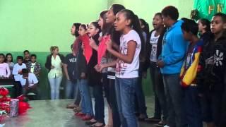 getlinkyoutube.com-Festa Dia das Mães Escola Padre Giuseppe - Coração de Mãe Aline Barros