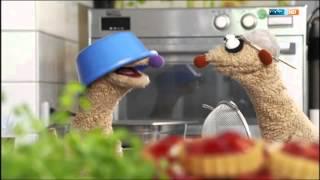 getlinkyoutube.com-Jan & Henry - Das frierende Monster vorm Kühlschrank - Unser Sandmännchen