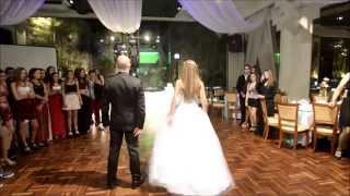 getlinkyoutube.com-Sofía 15 años,  vals con baile sorpresa con su papá.