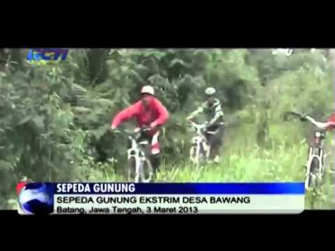 Aksi Sepeda Gunung Ekstrim di Indonesia