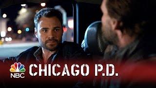 getlinkyoutube.com-Chicago PD - Ruzek Rides Shotgun (Episode Highlight)