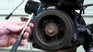 getlinkyoutube.com-How to Remove Stubborn Toyota 20R - 22R - 22RE Crankshaft Pulley Bolt 1979 - 1995
