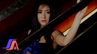 getlinkyoutube.com-Gadis Bukan Perawan - Lynda Moymoy (Official Music Video)