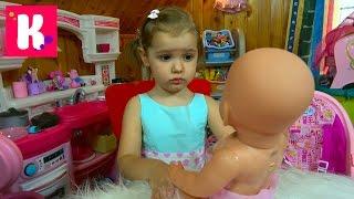 getlinkyoutube.com-Беби Борн одежда и обувь для куклы купаем в бассейне Baby Born doll toy Clothing & Shoes bath time