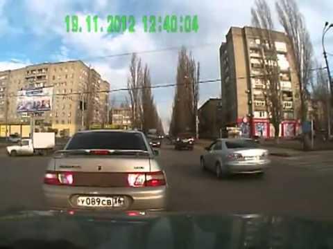 Глупо полиции погоне за другим полиция!