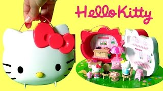 getlinkyoutube.com-Hello Kitty with Her Sister Mimmy Picnic Case Summer House Playset Funtoyscollector
