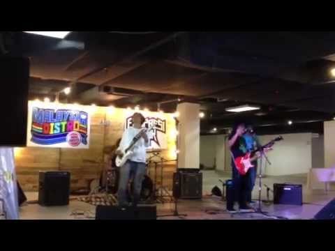 Keliru - Ramli Sarip (D'Outcry Cover At BTOB Ekspresi Muzik 2014)