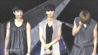 getlinkyoutube.com-[HD][fancam]140921 EXO TLP in Beijing - Talk after Moonlight full (Luhan, Lay, Kai)