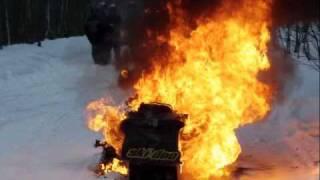 getlinkyoutube.com-Tyson's Snowmobile catches fire