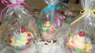 getlinkyoutube.com-Cupcakes con Toalla Facial