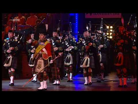 1. Battailon The Highlanders Pipes and Drums - Mmf Kln 2006