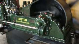 getlinkyoutube.com-Ruston årg.1935 28 hp motor, 1-cyl./ Motorsamlingen Djursland