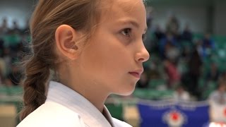 getlinkyoutube.com-空手少年少女たちの世界大会!Junior  Karate World Championships JKA(2014)