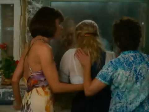 Chiquitita de Mamma Mia Letra y Video