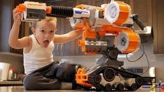getlinkyoutube.com-Nerf War: Gun BABY 4!