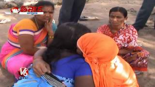 getlinkyoutube.com-Kissing Baba || Sanjeev Baba || Prodduturu || Teenmaar News || V6 News