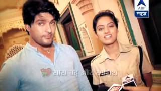 getlinkyoutube.com-Sooraj damages Sandhya's Government jeep