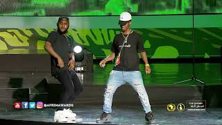 Try Not To Laugh: EMTEE Falls On Stage While Performing High width=