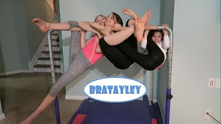 Hangin' Out (WK 255.6) | Bratayley