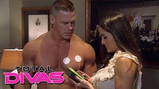 getlinkyoutube.com-Nikki Bella plays with John Cena's muscle stimulator: Total Divas, December 8, 2013