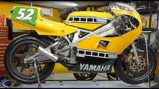getlinkyoutube.com-Yamaha TZ250 Grand Prix Racer - Rebuild - Time Lapse