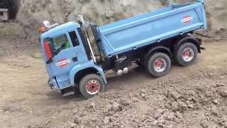 getlinkyoutube.com-SMOOTH DRIVING !!! RC TRUCK MAN 6x6 CHALLENGER CLIMBING UPHILL - SCALEART