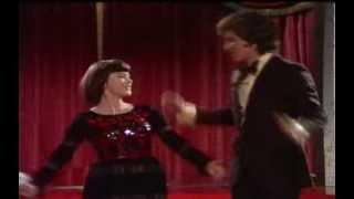 getlinkyoutube.com-Mireille Mathieu & Michael Schanze - Medley 1973