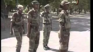 getlinkyoutube.com-Zimbabwe soldiers training part 2