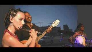 getlinkyoutube.com-Vutomi (candido & cécilia and Time-Mozam)