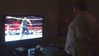 getlinkyoutube.com-Fat Kid Upset Over WWE Royal Rumble 2014!