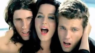 3OH!3 – STARSTRUKK (Feat. Katy Perry) [VIDEO]