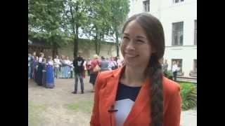 getlinkyoutube.com-В конкурсе на самую длинную косу победила 24-летняя жительница Твери