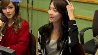 getlinkyoutube.com-Yoona rapping The Boys 'Yes we go for more than zero' Kiss the Radio Oct21.2011 GIRLS' GENERATION
