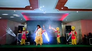 getlinkyoutube.com-Punjabi solo dance   lak twenty eight & high heels   friends dj nakodar