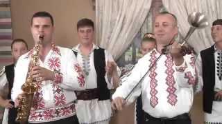 getlinkyoutube.com-IONUŢ MATEŞ & CORNEL DE LA CHIŞCĂU Colaj pe Picior 2