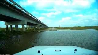 getlinkyoutube.com-Jeep Rubicon Deep Water Crossing