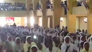 getlinkyoutube.com-Madagasikara - Lamesa Alahady 15 novambra 2015 fankalazana fiainana Voatokana