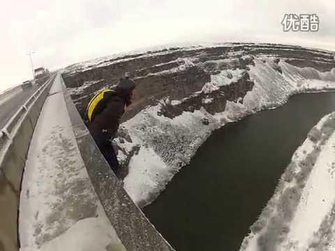 超低开伞 低空伞跳桥145米 中国翼装飞行第一人徐凯
