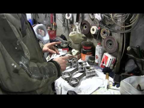 1 9 turbo diesel устанавливаем кольца на поршень и переворачиваем шатун часть 9