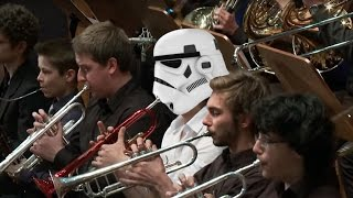 John Williams - Star Wars The Throne Room. The Force Awakens Tribute Performance